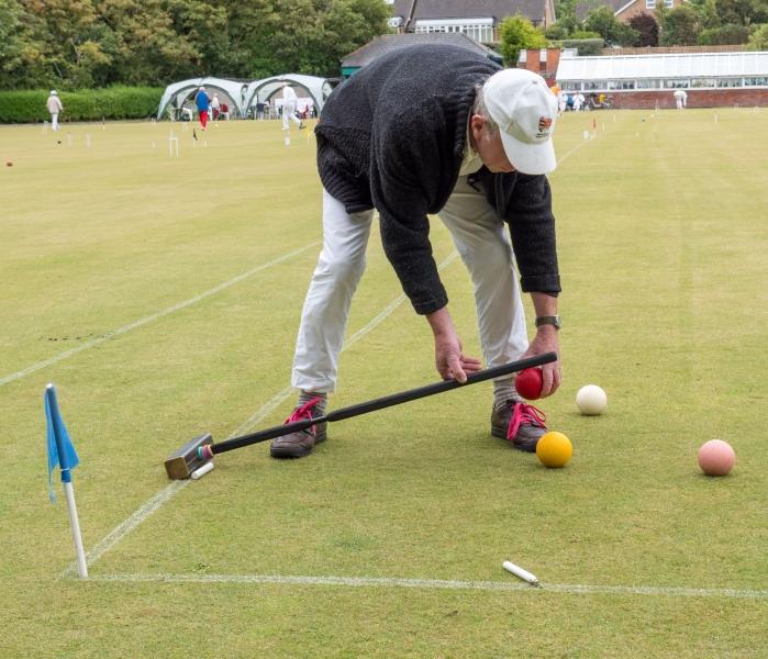 2017 David Lloyd Westmorland sorts out the balls