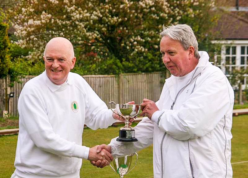 2019 Adv Millenium Class B winner Paul Kenworthy receives trophy from David Walters, Bowdon Secretary.