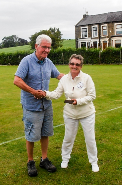 Andrew Webb of Pendle presents Jane Tewson with the Plate Trophy
