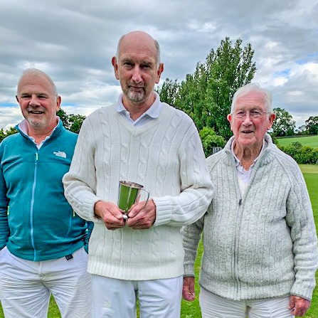 2019 Pendle Open GC Winner David Widdison with David Bell (left) and Will Drake (right)