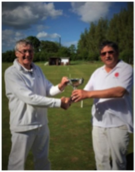 David Warhurst being presented with trophy by Manager Peter Wilson (photo: Libby Dixon)