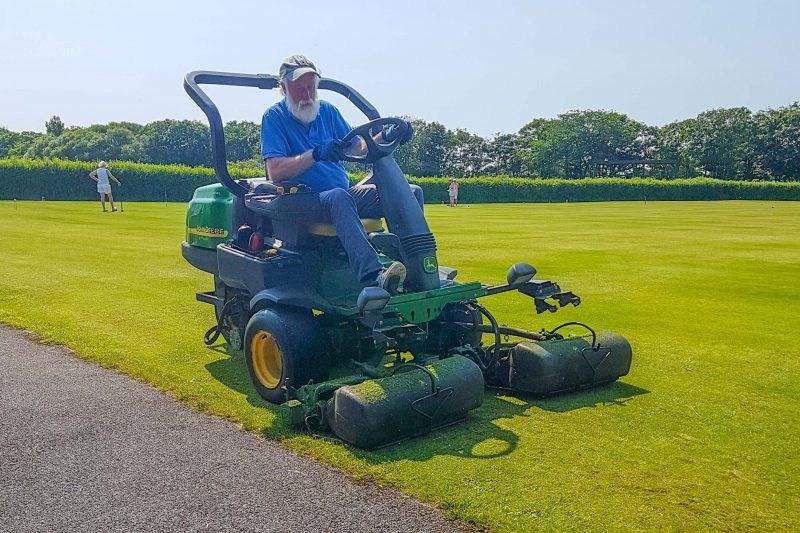 2020-SBCC-Terry-Dunbar-Keeping-Grass-Short-scaled