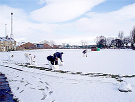 Pendle_Clearing_Snow