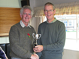 Federation chairman David Barratt presents the 2010 Midweek League trophy to Peter Morgan of Chester