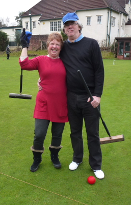 Federation Chair and Secretary, Liz Wilson and Paul Rigge, enjoy a spot of One Balling