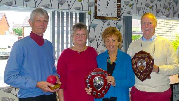 David Boyd (Midweek), Pat Clare (Golf), John Dawson (Advanced), with Fed Chair Liz Wilson.