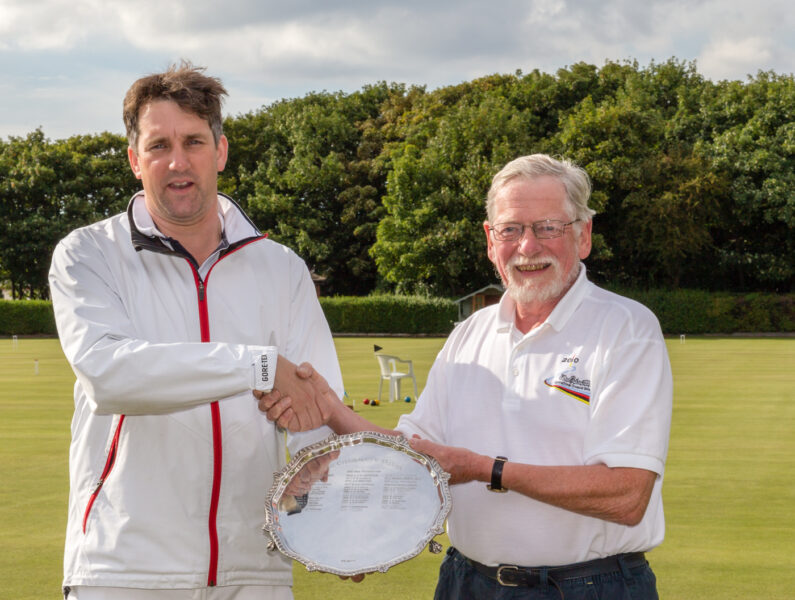 Southport Chairman Don Williamson presents the 2015 Chairmans Salver to James Hopgood (Edinburgh)